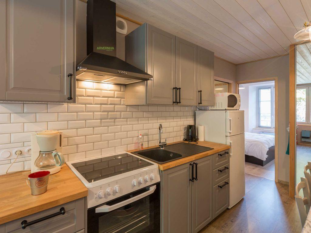 Hébergement de 2 chambres à Murol