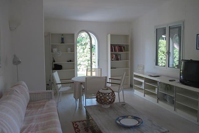 Villa Daria - Encantadora villa en el mar, rodeado de vegetación y con todas las comodidades!
