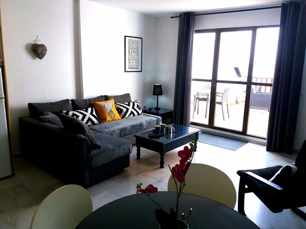 Agradable apartamento con  tv en benalmádena