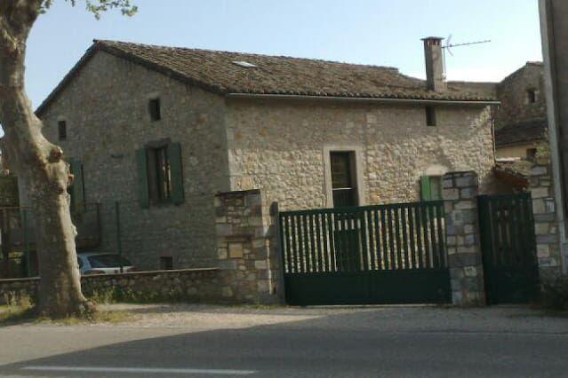 Residencia práctica en Vallon-pont-d'arc