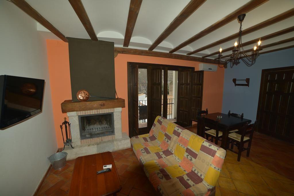 Holiday rental with 2 rooms in Alcalá del júcar