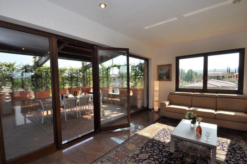 Casa con piscina de 200 m²