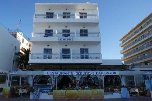 Popular holiday rental with 9 rooms