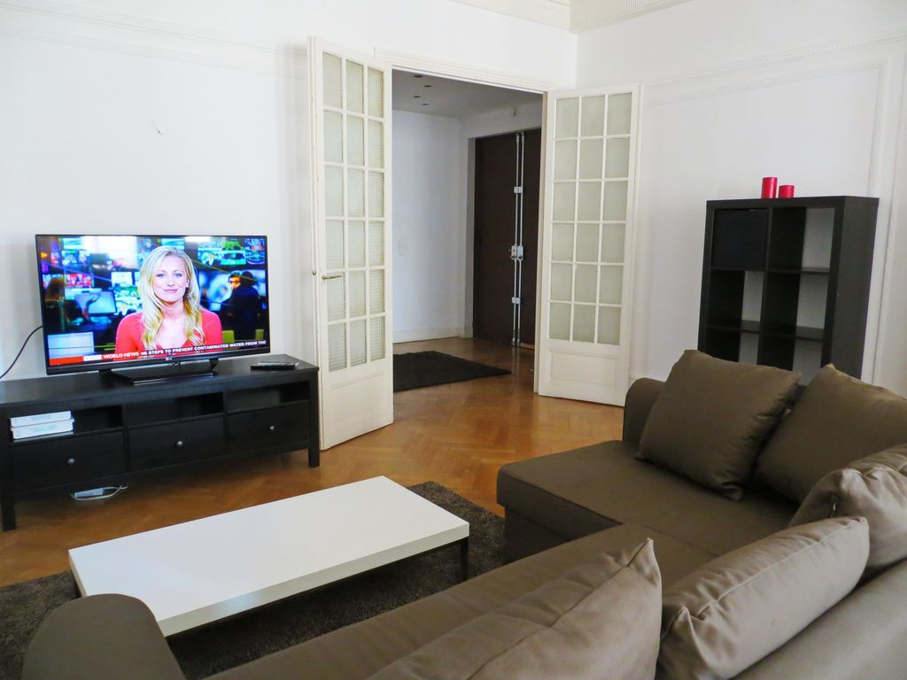 Alojamiento con  TV en Niza