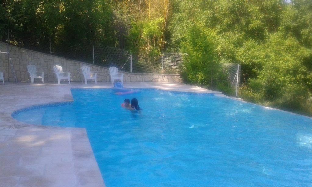 Vivienda en Clairac con piscina