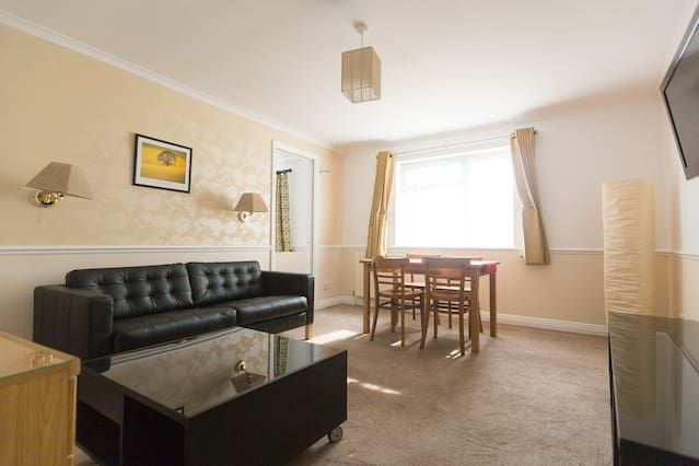 Flat with parking included in Salisbury