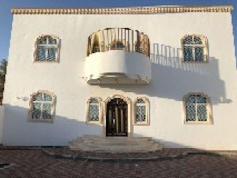 Atractiva casa en Abu dhabi
