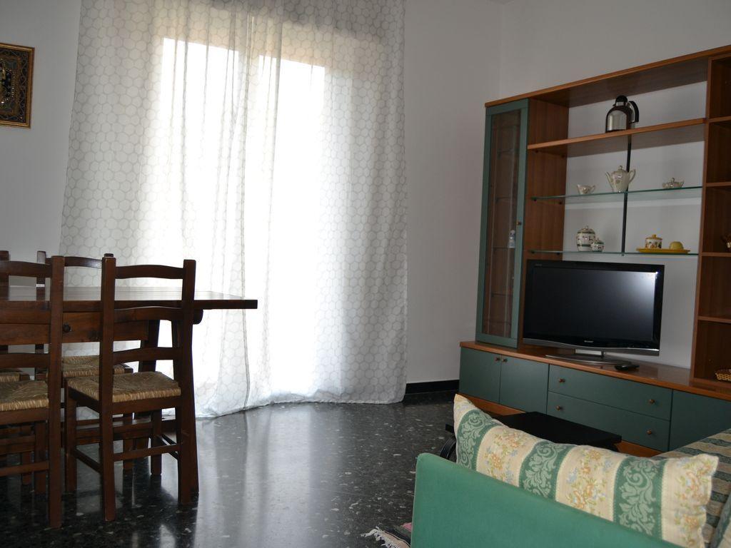 Abitazione di 65 m² a Noli