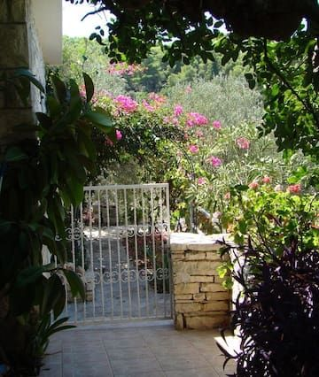 Estupenda casa en Vela luka