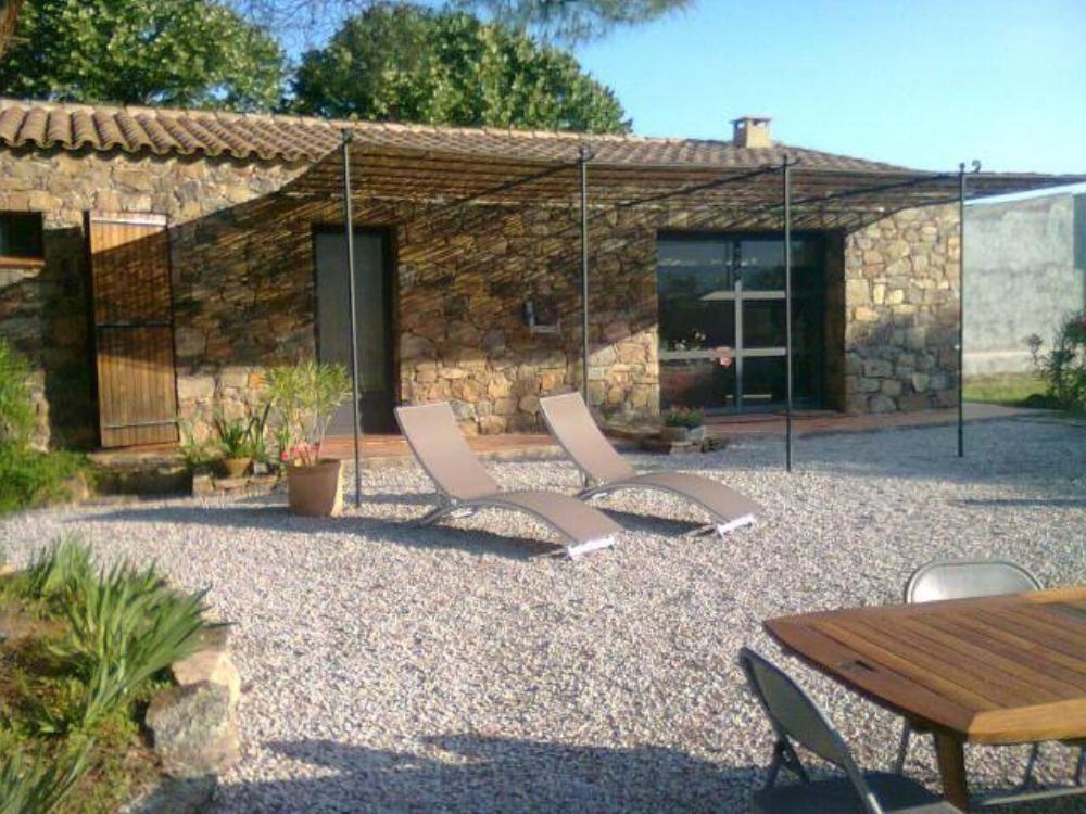 Alojamiento de 2 habitaciones en Calenzana