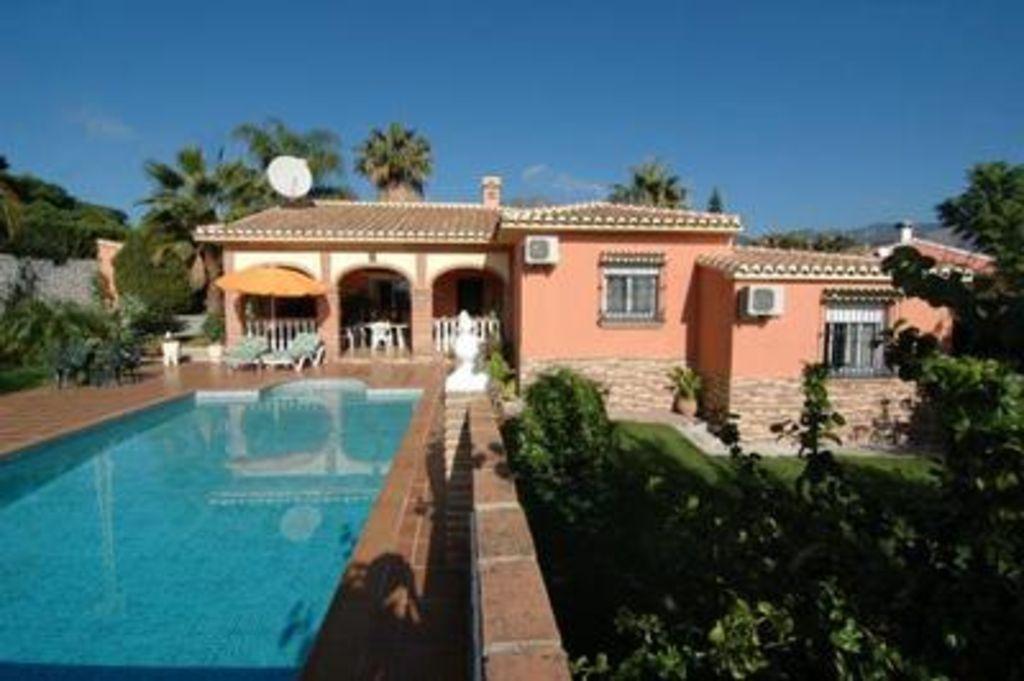 Central tourist letting of 3 rooms in Costa del sol
