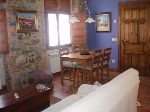 Apartment in Collanzo mit Garten
