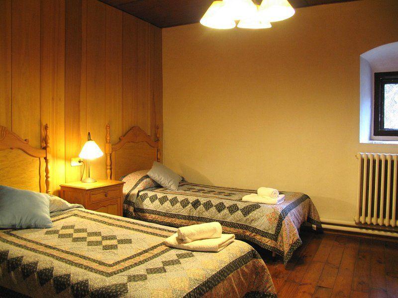 Alojamiento en Castelltercol de 5 habitaciones