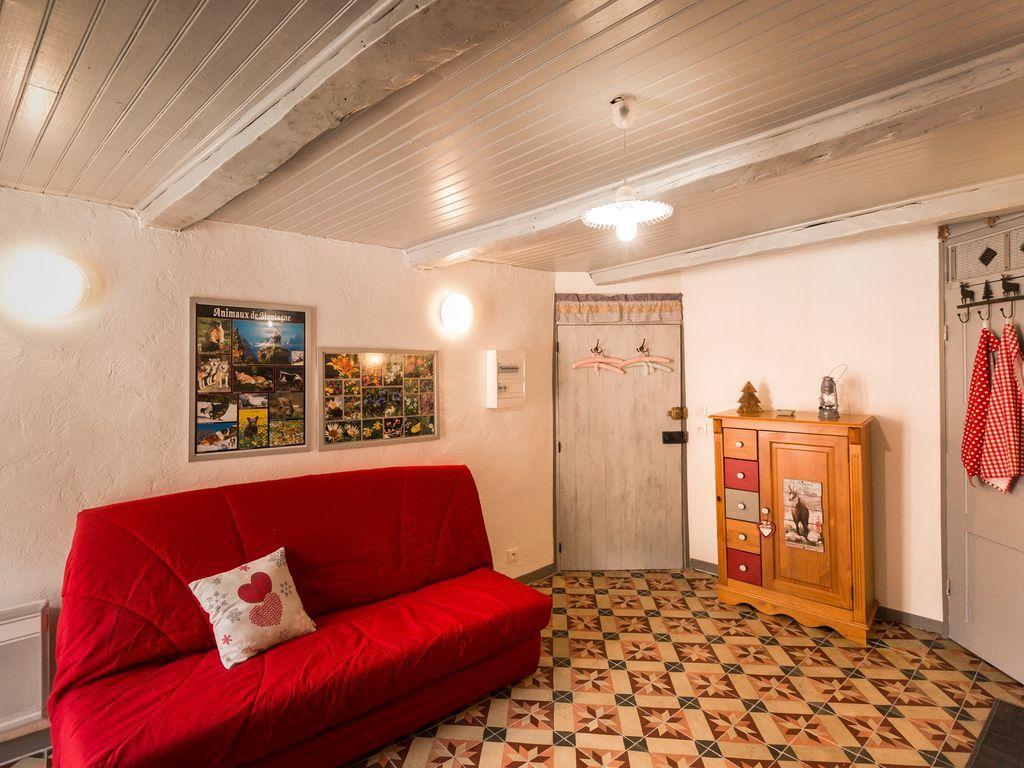 Con vistas vivienda en Saint-martin-vésubie