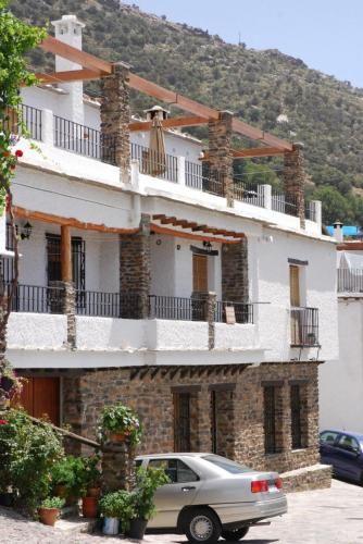 Residencia en Bubión con parking incluído