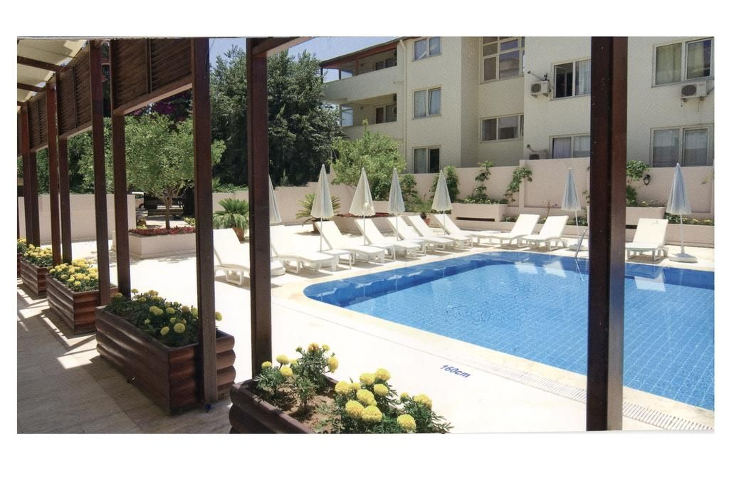 Flat with balcony in Kemer