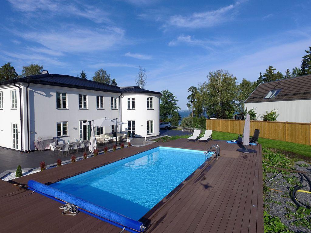 Casa de 6 habitaciones en Vaxholm