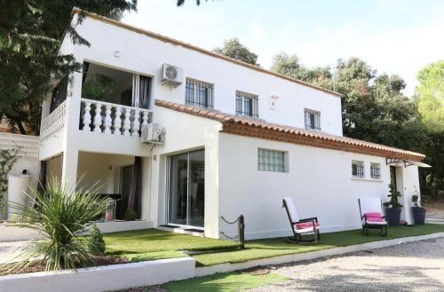 Casa con balcón