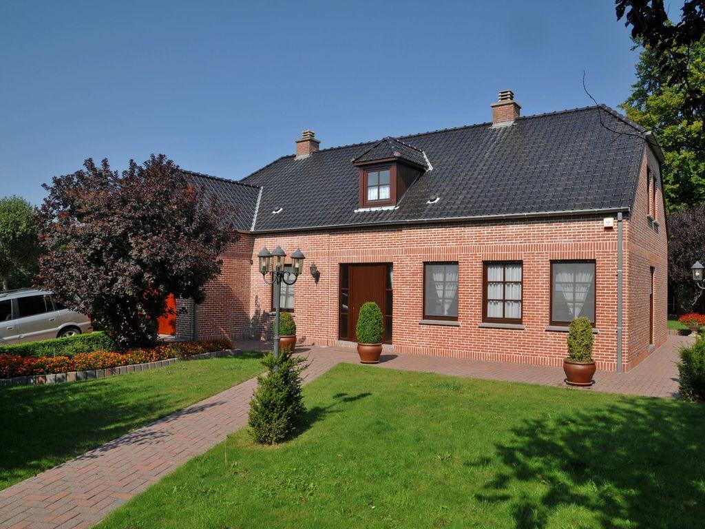 Residencia con jardín de 204 m²