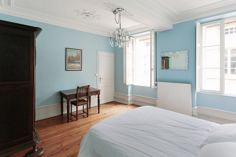 Popular & Gorgeous Appt. in Heart of Beaune