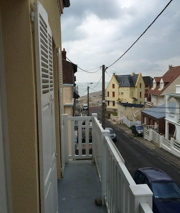 Residencia con balcón para 8 huéspedes