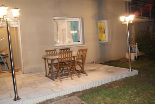 Apartamento en Espalion con jardín