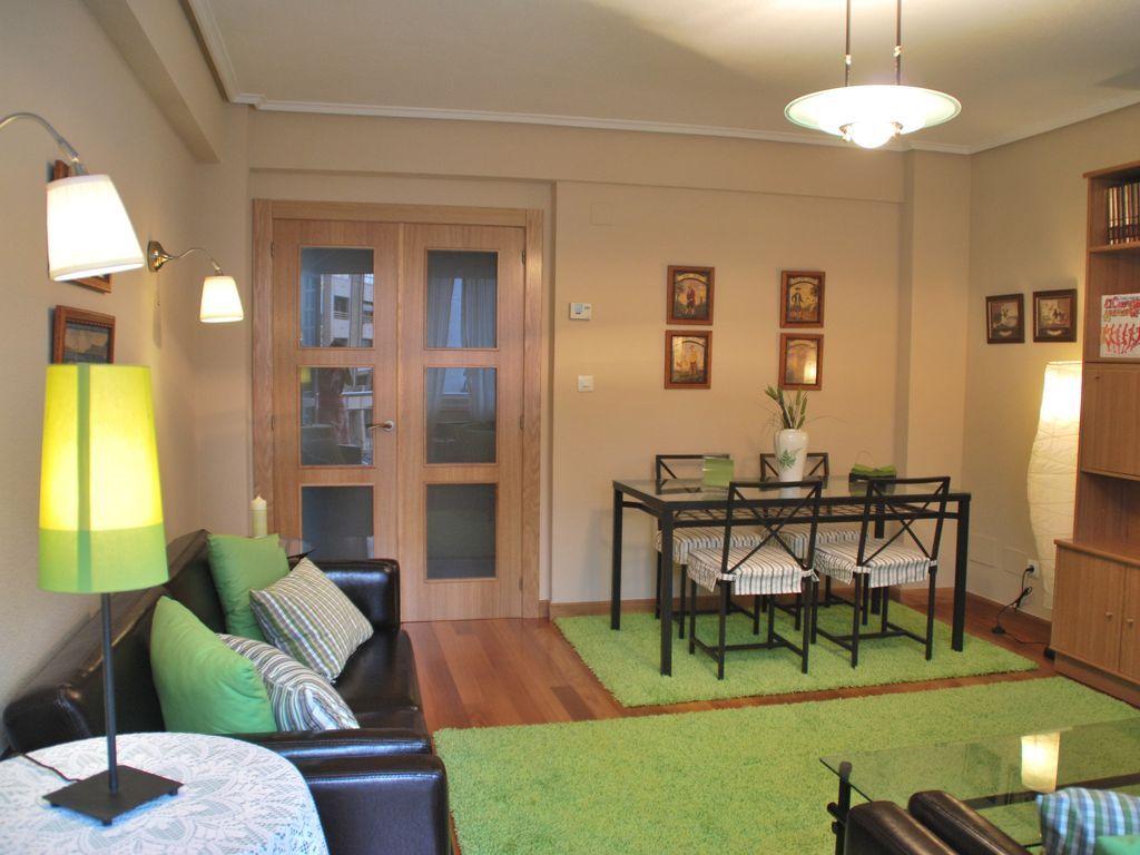 Precioso piso para 6 huéspedes en Laredo