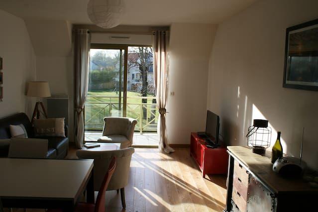 Appartement de 61 m2 avec 2 chambres situé près du port - garage privatif