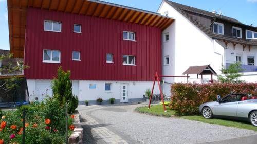 Alojamiento de 4 habitaciones en Rheinhausen