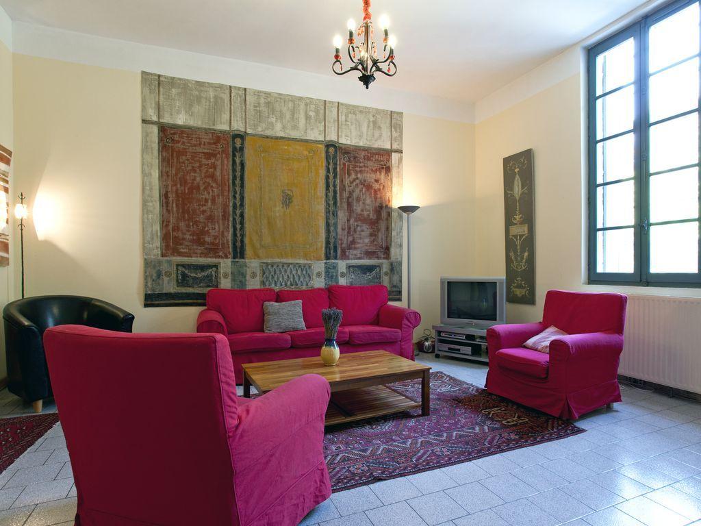 Apartamento con jardín en Beaucaire