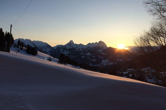 Vivienda con balcón en Gstaad