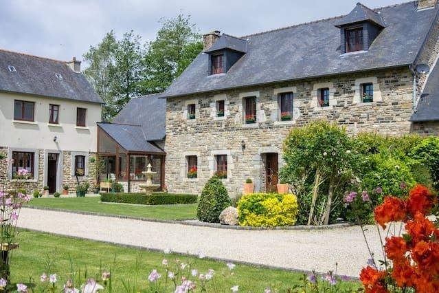Con vistas residencia en Loudéac