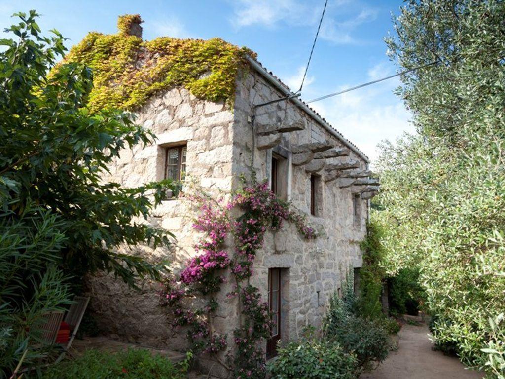 Estupenda vivienda en Figari