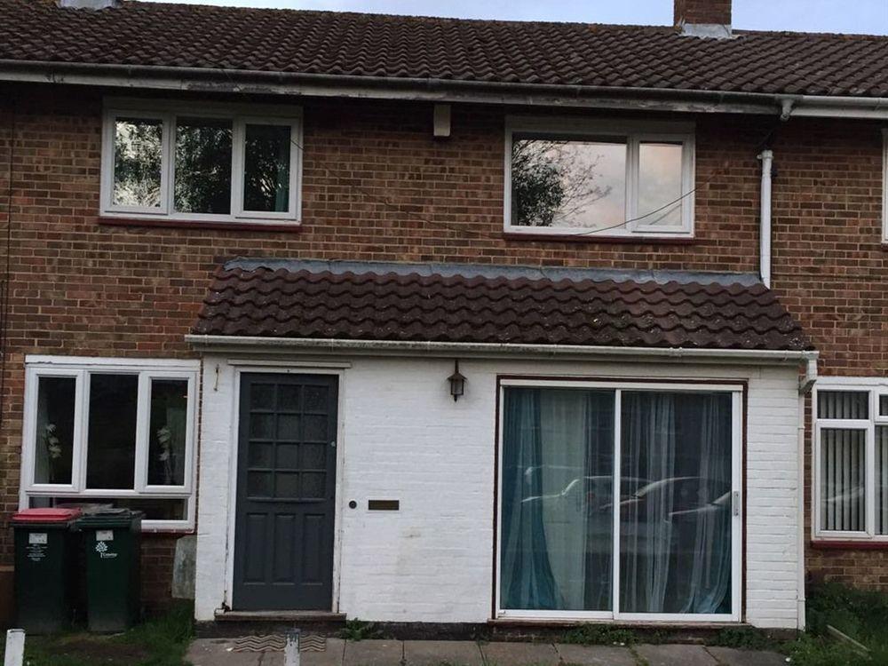 Alojamiento de 1 habitación en Crawley