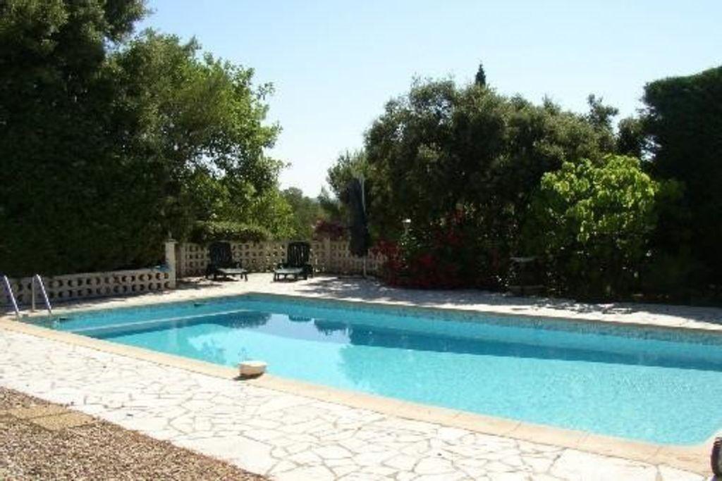 Popular alojamiento con jardín