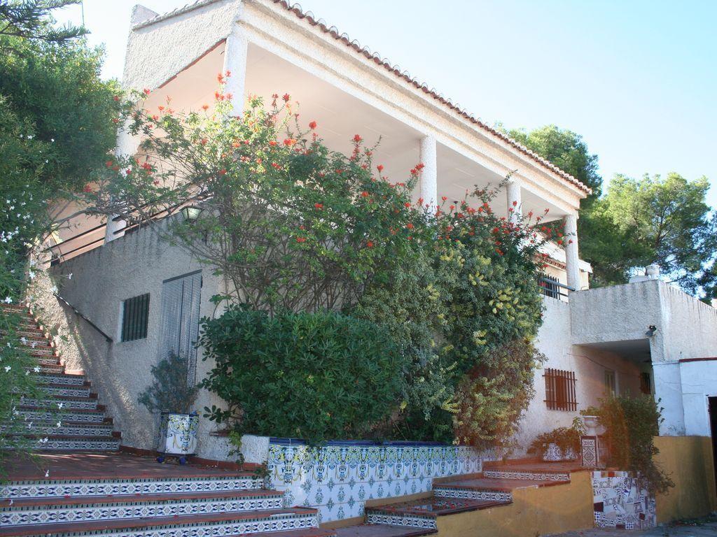 Casa tradicional valenciana con Piscina, Terraza en montaña y cerca de la playa