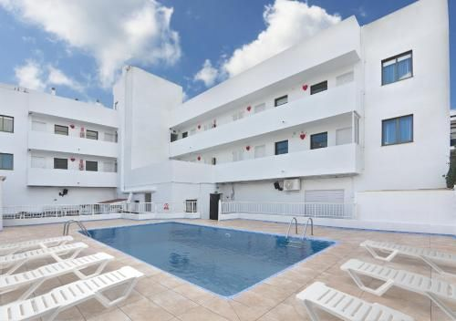 Holiday rental with wi-fi for 5 guests