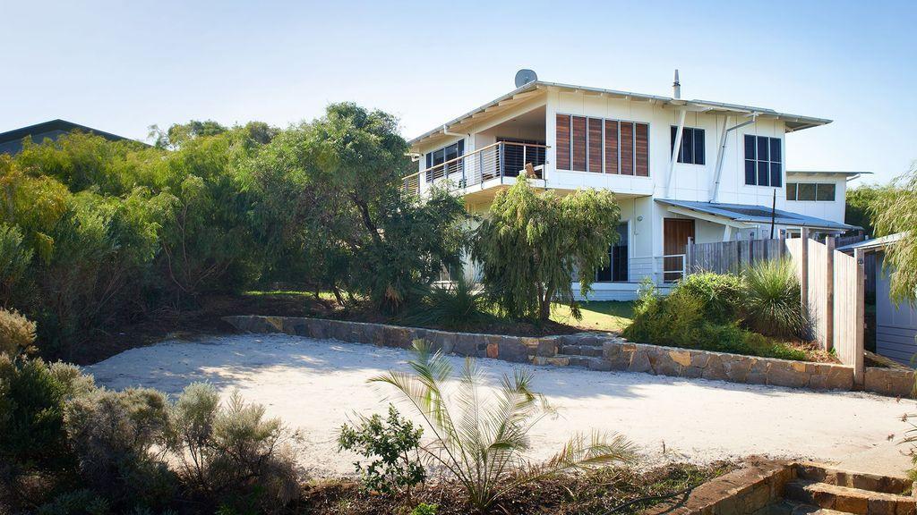 Familiar residencia con jardín