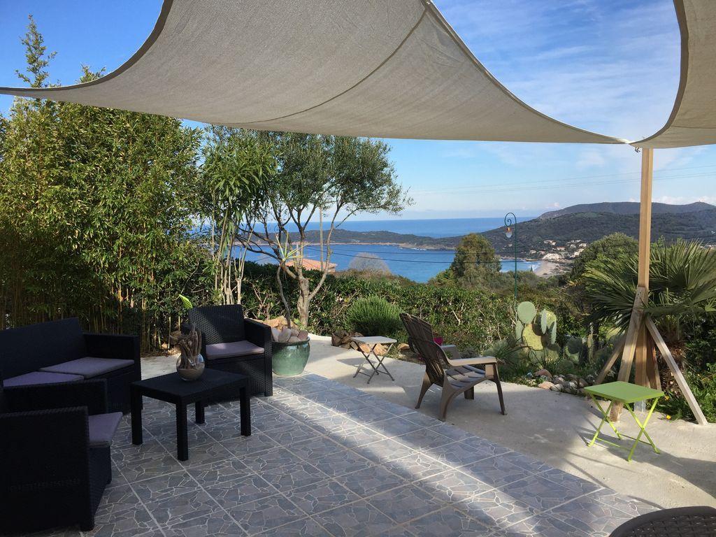 Residencia con jardín en Cargese