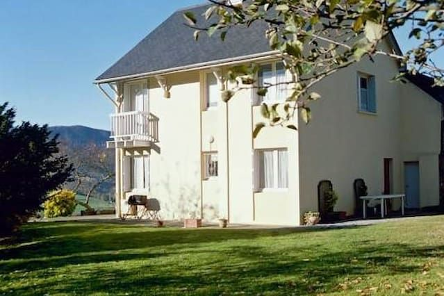 Familiar residencia en Arette