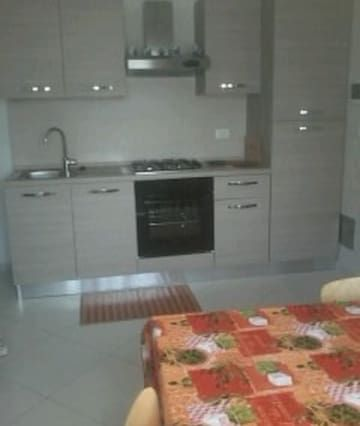 sp- appartamento con giardino e posto auto