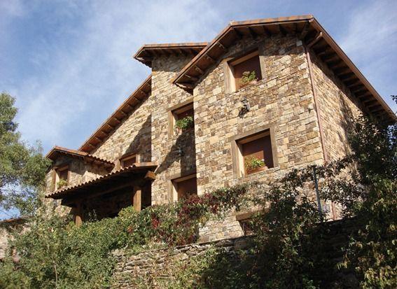 Residencia con parking incluído en Montejo de la sierra