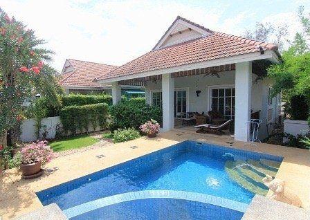 2 bedroom pool vila