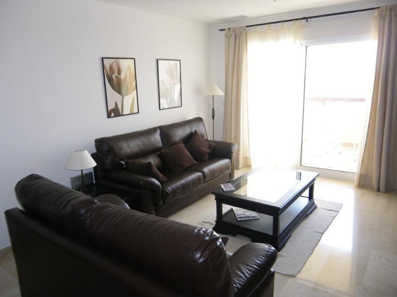 Gorgeous 2 bedroom apartment