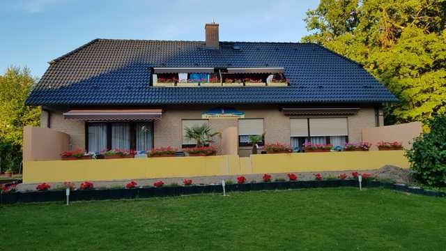 64 m² holiday rental with garden