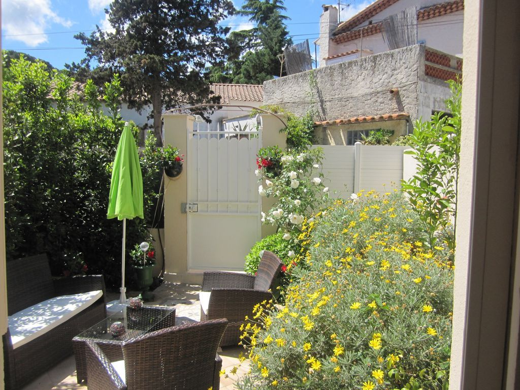 Vivienda con jardín en Saint-tropez