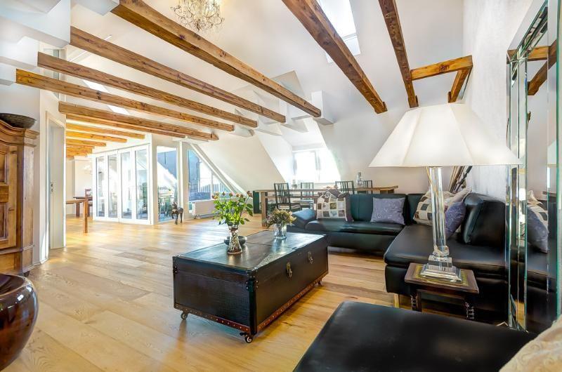 High Class Penthouse + Terrace