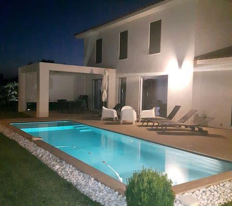 Residencia de 3 habitaciones en La fare-les-oliviers