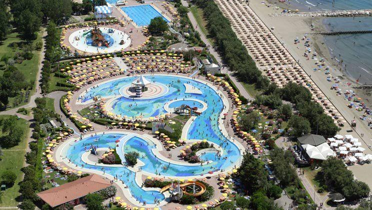 Equipado alojamiento con piscina