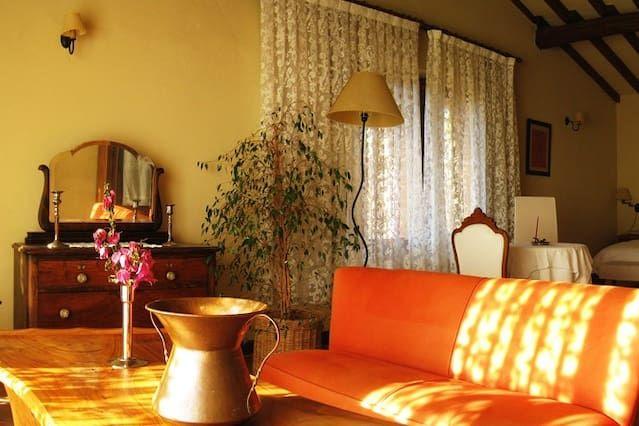 Alojamiento de 3 habitaciones con balcón